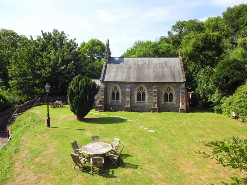 2 Bedrooms Detached House for sale in Score Valley, Ilfracombe
