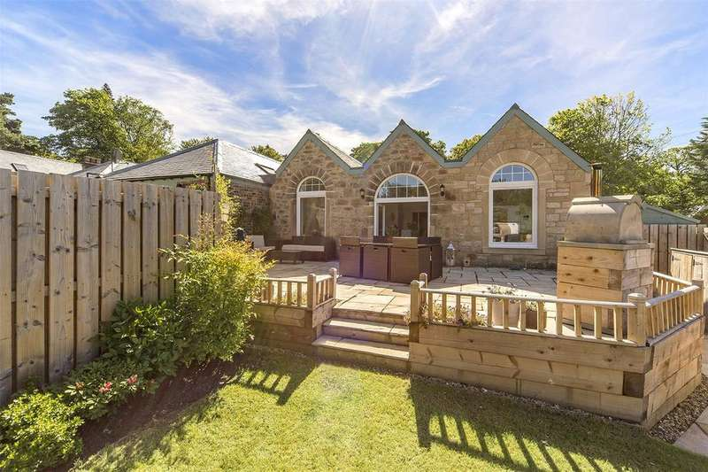 3 Bedrooms House for sale in Larch Cottage, 3 Springfield Steading, Carberry, Musselburgh, EH21