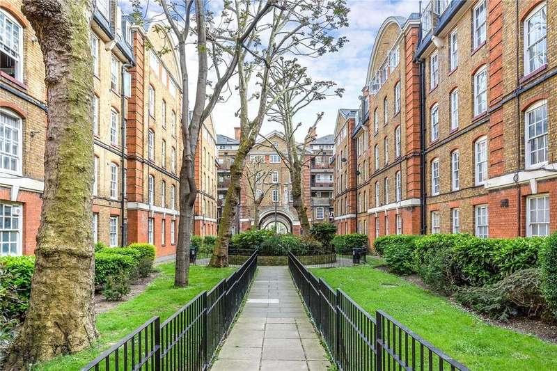 3 Bedrooms Flat for sale in Portpool Lane, Bourne Estate, EC1N