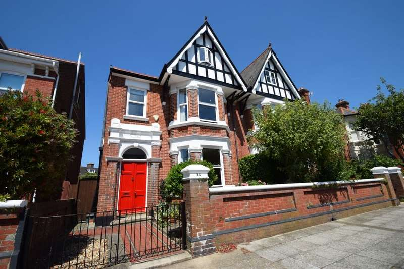 4 Bedrooms Semi Detached House for sale in Nettlecombe Avenue, Southsea, PO4