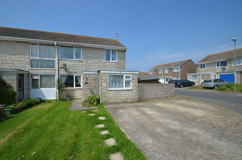 4 Bedrooms Semi Detached House for sale in Croft Road, Weston