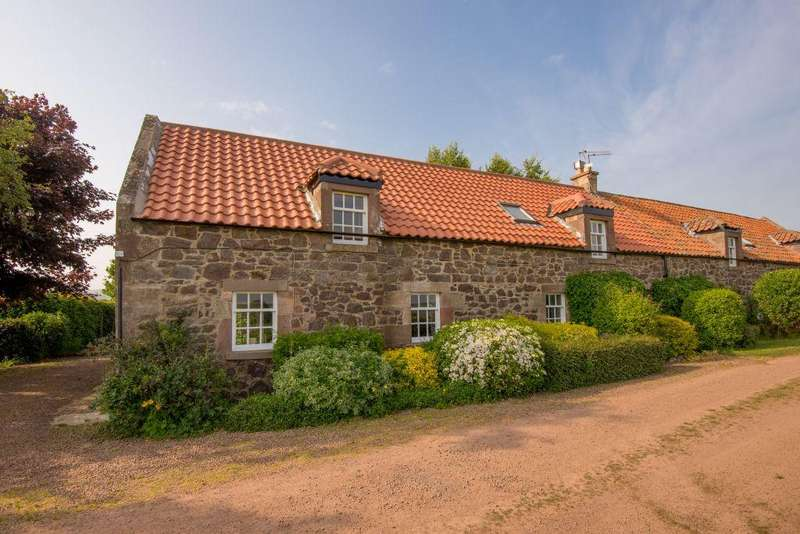 3 Bedrooms Cottage House for sale in 1 Crauchie Cottage, East Linton, East Lothian, EH40 3EB