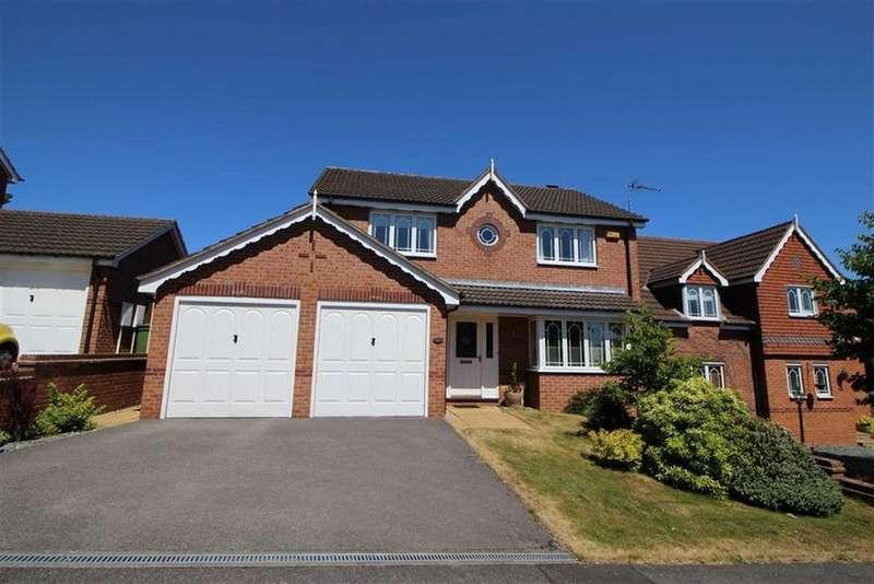 4 Bedrooms Detached House for sale in Lancaster Rise, Belper, Derbyshire