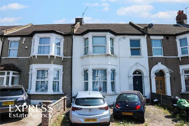 4 Bedrooms Terraced House for sale in Gordon Road, Ilford, Essex