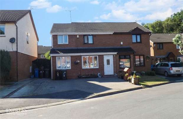 4 Bedrooms Semi Detached House for sale in Stainton Close, Liverpool, Merseyside