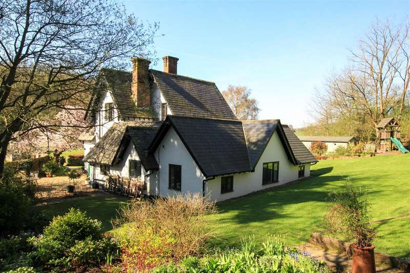 4 Bedrooms Property for sale in Beechwood Park, Nr Flamstead, St Albans