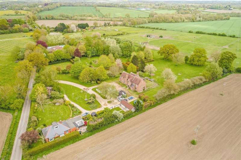 5 Bedrooms Detached House for sale in Manningford Abbots, Pewsey, Wiltshire, SN9