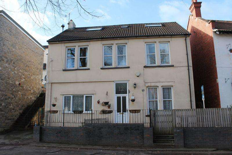 3 Bedrooms Duplex Flat for sale in Bank Place, Pill