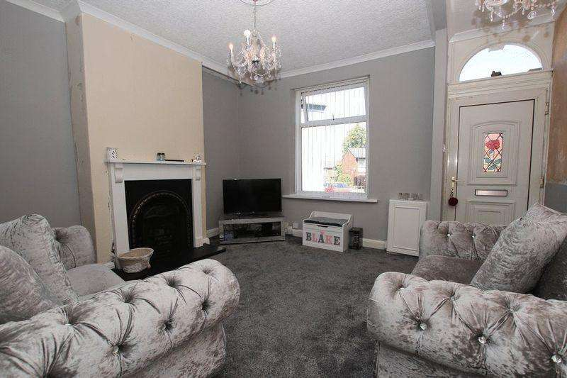 3 Bedrooms Terraced House for sale in Tetlow Street, Manchester