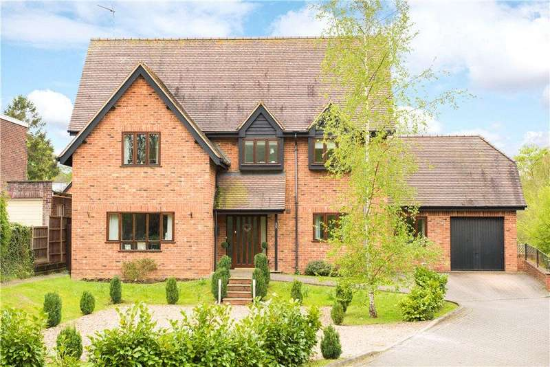 6 Bedrooms Detached House for sale in Northampton Road, Bromham, Bedford, Bedfordshire
