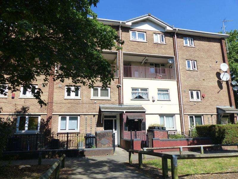 3 Bedrooms Maisonette Flat for sale in Westthorpe Grove, Birmingham