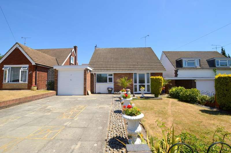 2 Bedrooms Detached House for sale in Truro Gardens, Icknield, Luton, LU3 2AP