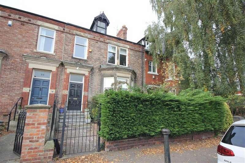 4 Bedrooms Terraced House for sale in Grange Road, Darlington