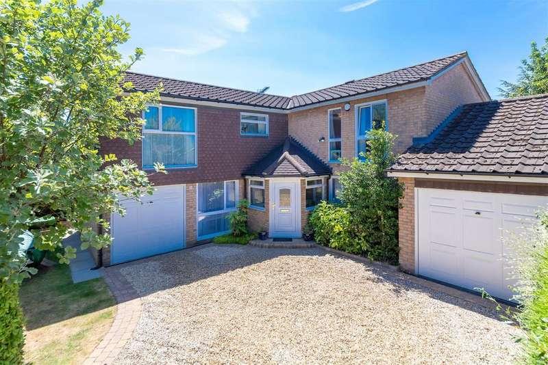 5 Bedrooms Detached House for sale in Dagnalls, Letchworth Garden City