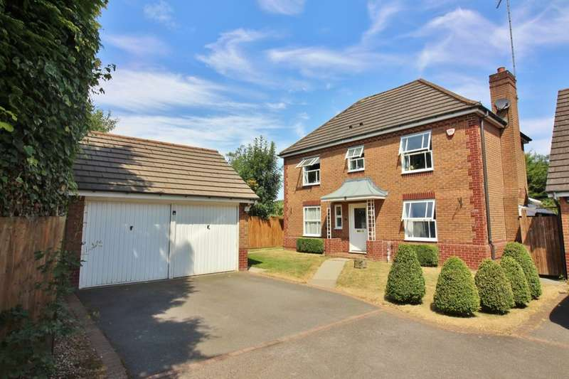 4 Bedrooms Detached House for sale in Swift Close, Kenilworth, CV8