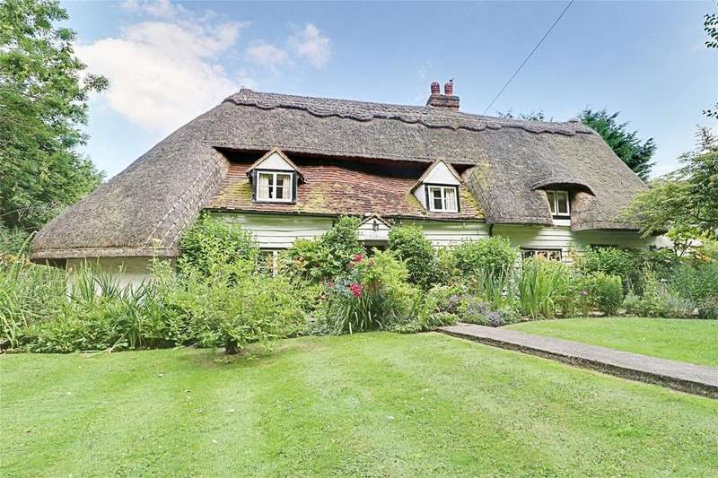 4 Bedrooms Detached House for sale in High Wych Lane, High Wych, Sawbridgeworth, Hertfordshire