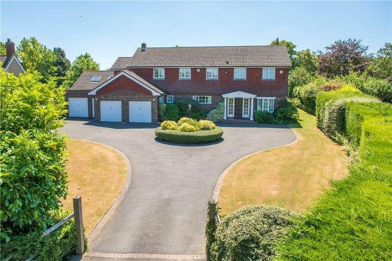 5 Bedrooms Detached House for sale in Harlington Road, Sharpenhoe, Bedford, Bedfordshire