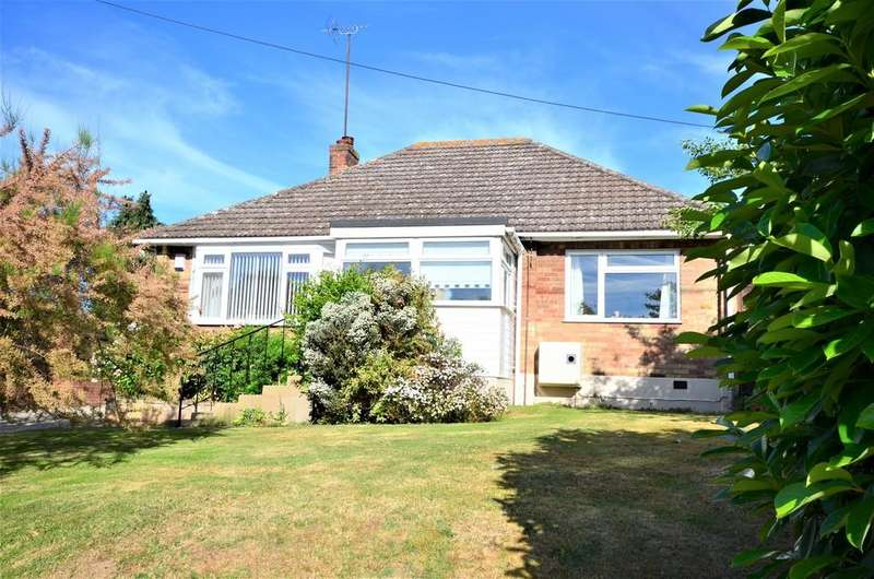 4 Bedrooms Detached Bungalow for sale in Station Road, Wakes Colne, CO6 2DS