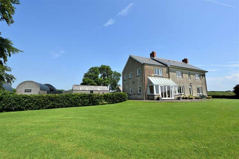 5 Bedrooms Farm House Character Property for sale in Carmarthenshire, St Clears SA33