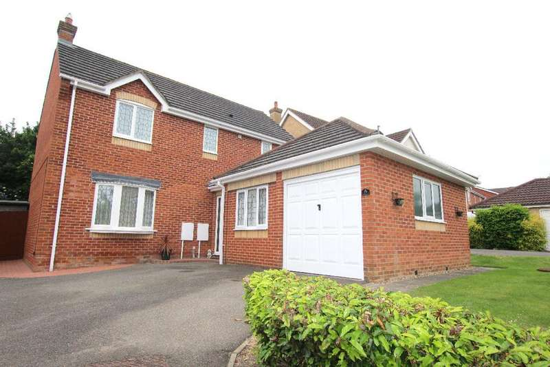 4 Bedrooms Detached House for sale in Strawberry Fields, Haverhill CB9