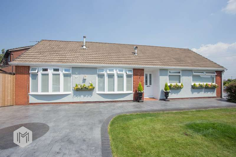 3 Bedrooms Bungalow for sale in Baron Walk, Little Lever, Bolton, BL3