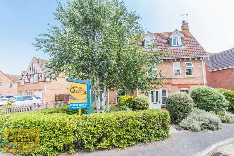 4 Bedrooms Detached House for sale in Rydal Drive, Maldon, CM9