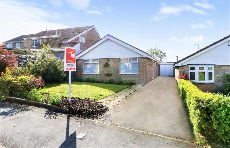 2 Bedrooms Bungalow for sale in Marlborough Way, Ashby-De-La-Zouch, L...
