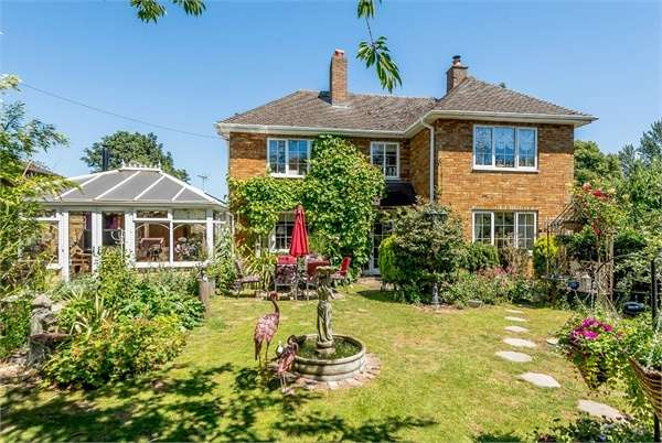 4 Bedrooms Detached House for sale in New Road, Haddenham, Ely, Cambridgeshire