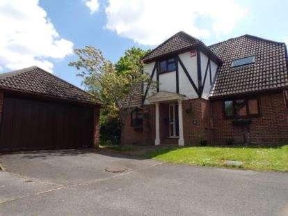 4 Bedrooms Detached House for sale in Titchfield Park, Fareham, Hampshire