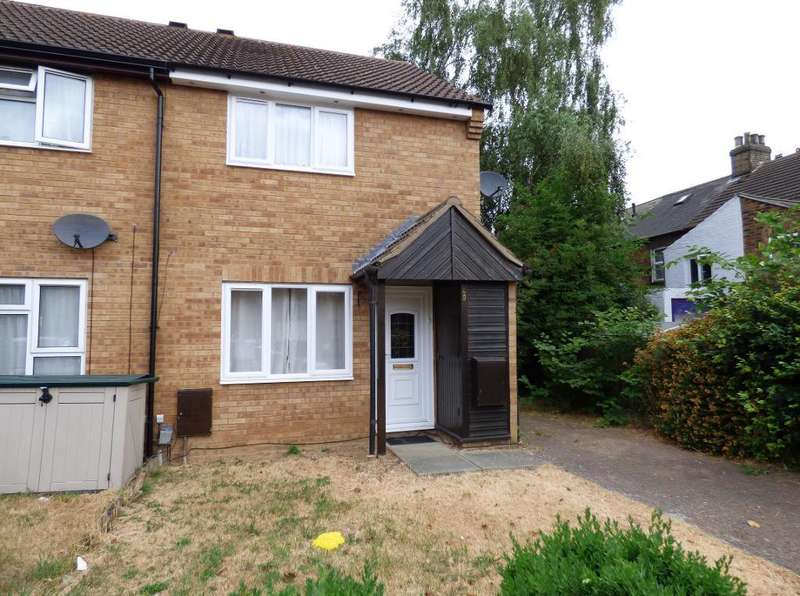3 Bedrooms Semi Detached House for sale in St Leonards Street, Bedford, MK42 9EG