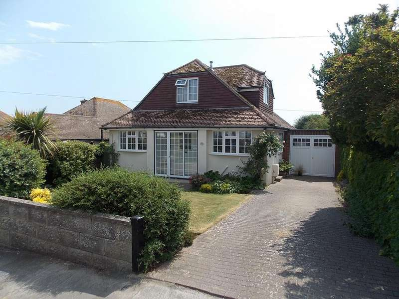 4 Bedrooms Chalet House for sale in Springfield Avenue, Telscombe Cliffs, East Sussex