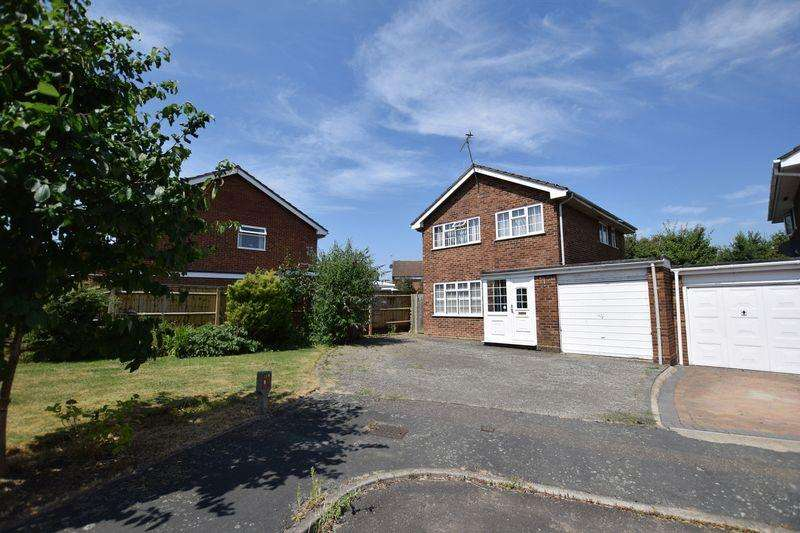 3 Bedrooms Detached House for sale in Ramworth Way, Aylesbury