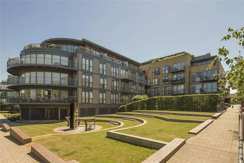2 Bedrooms Flat for sale in Marlowe House, Kingsley Walk, Cambridge, CB5