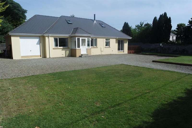 4 Bedrooms Detached House for sale in Fishguard Road, Haverfordwest