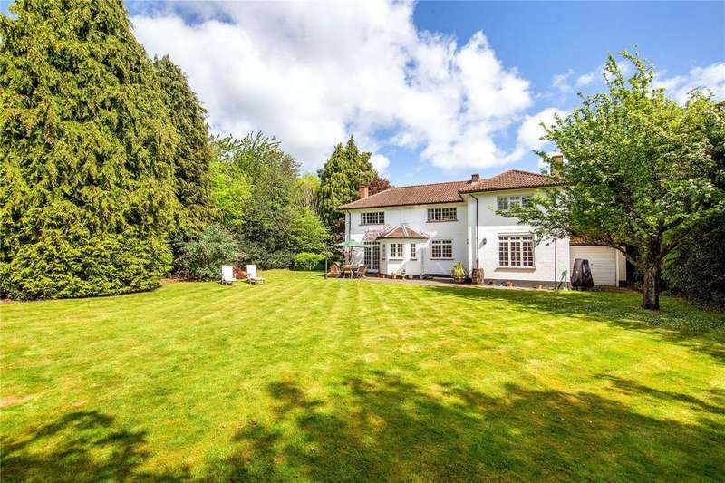 4 Bedrooms Detached House for sale in Hog Lane, Ashley Green, Chesham, Buckinghamshire, HP5