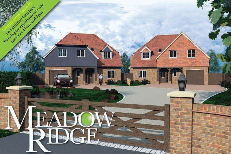 5 Bedrooms Detached House for sale in Cox Green, Rudgwick