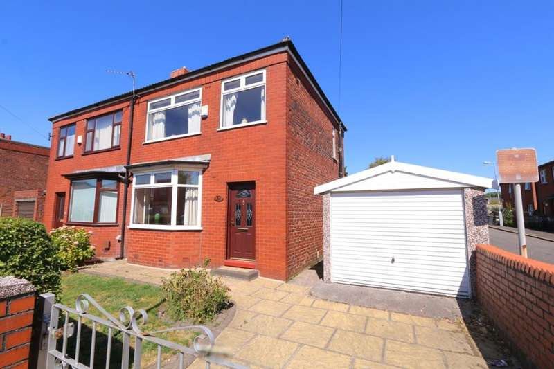 3 Bedrooms Semi Detached House for sale in Bentley Road, Denton, Manchester, M34