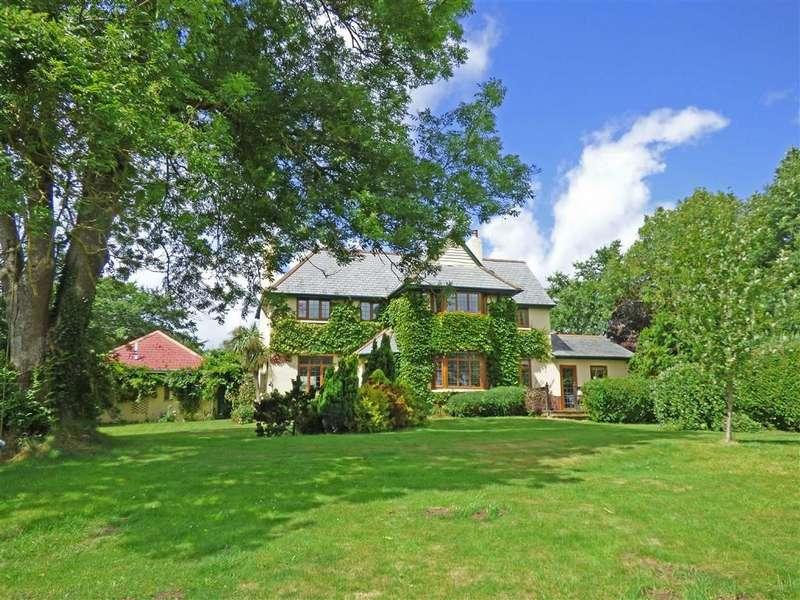 5 Bedrooms Detached House for sale in Mines Road, Bideford, Devon, EX39
