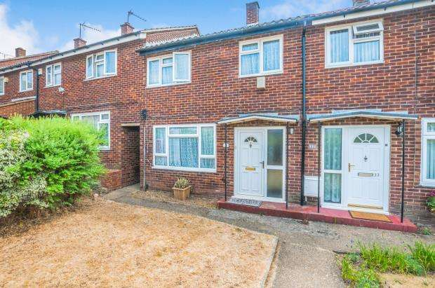 3 Bedrooms Terraced House for sale in Slough, Berkshire