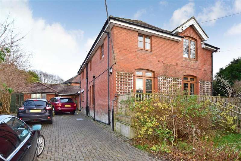 4 Bedrooms Detached House for sale in Colwell Road, , Freshwater, Isle of Wight
