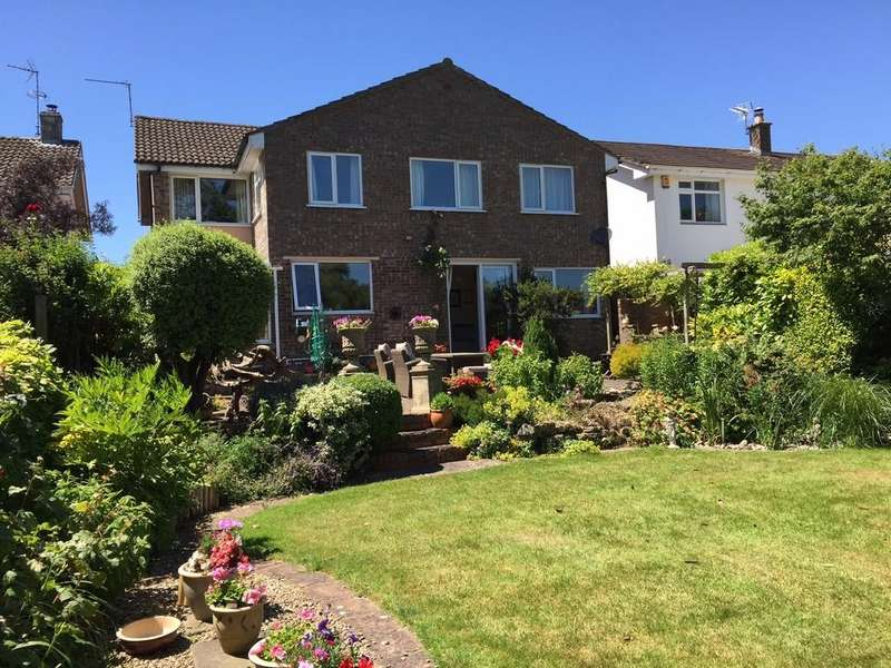 5 Bedrooms Detached House for sale in Detached family home