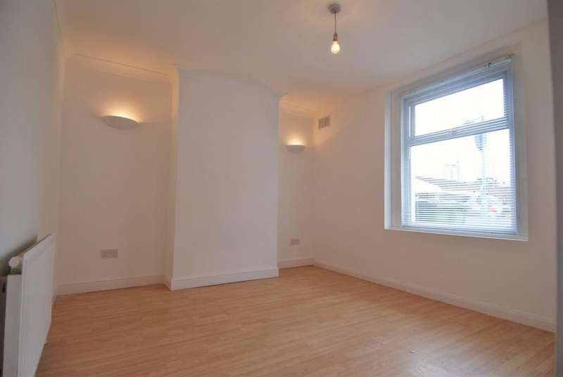 2 Bedrooms House for sale in Bloomfield Road, Woolwich, SE18