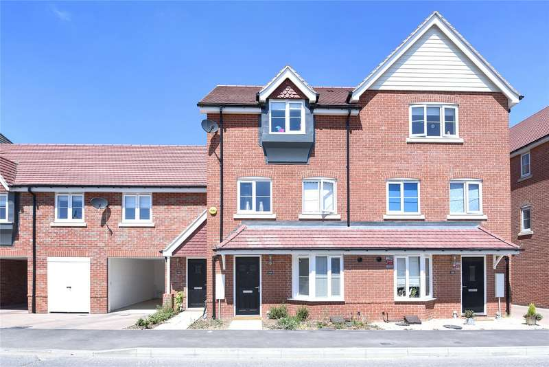 4 Bedrooms Terraced House for sale in Jasmine Square, Woodley, Reading, Berkshire, RG5