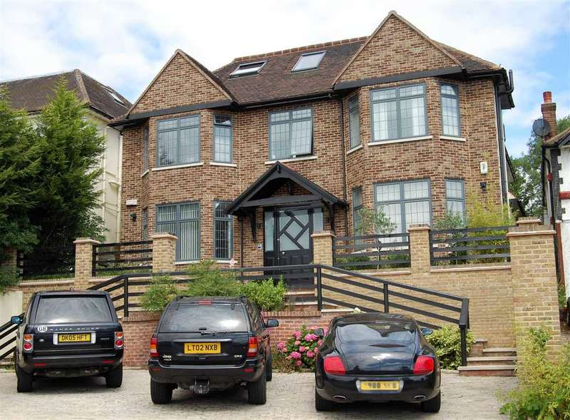 7 Bedrooms Detached House for sale in Wise Lane, Mill Hill