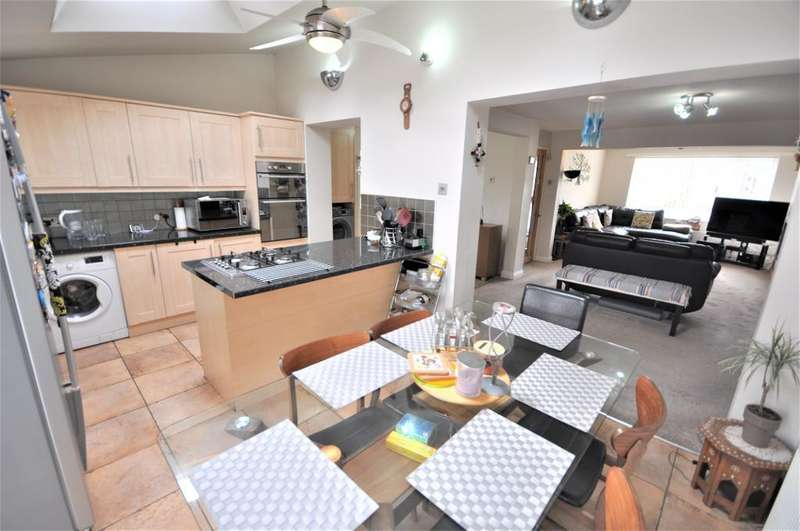 3 Bedrooms Semi Detached House for sale in Coniston Road, Fulwood, Preston, Lancashire, PR2 8AU