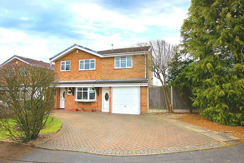 4 Bedrooms Detached House for sale in Hyatt Square, Brierley Hill, DY5 3LF