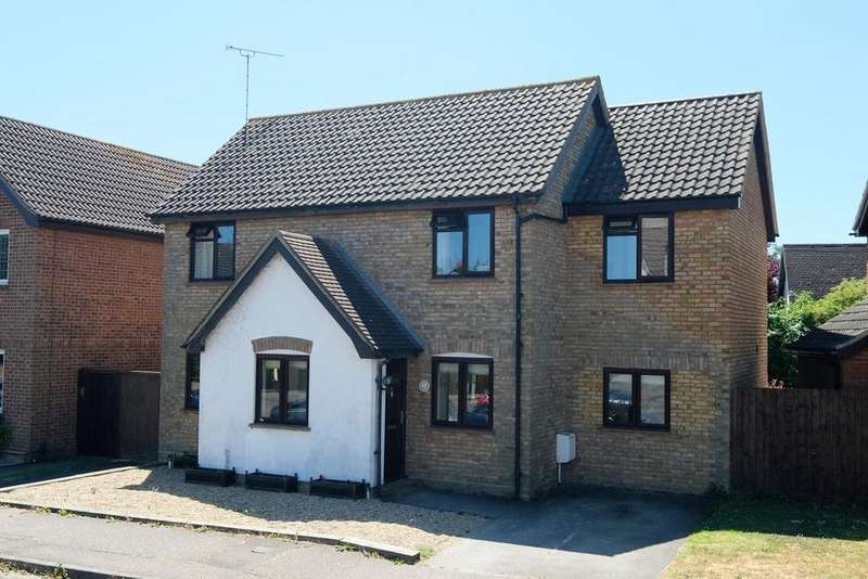 4 Bedrooms Detached House for sale in Pollards Green, Chelmer Village, Chelmsford, CM2