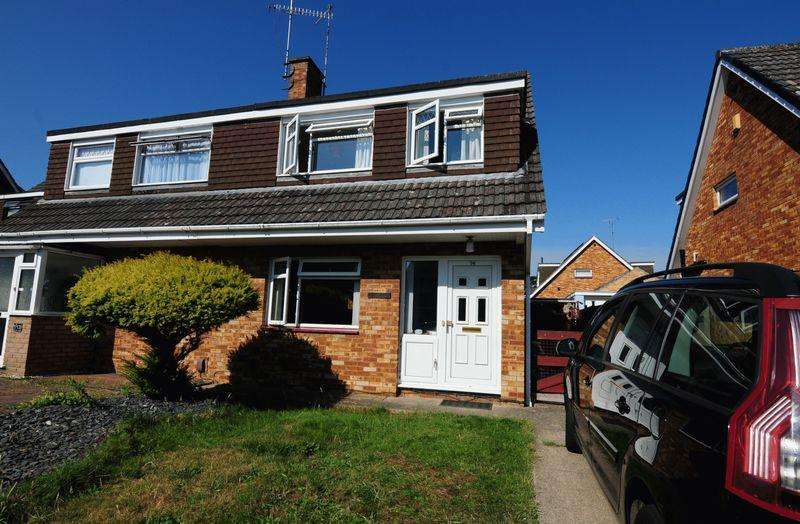 3 Bedrooms Semi Detached House for sale in Foxcombe Road, Whitchurch, Bristol, BS14