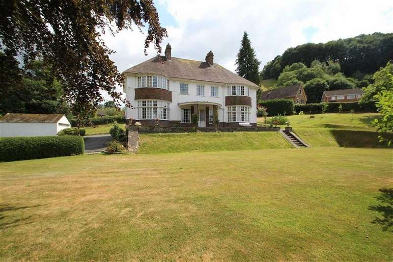 4 Bedrooms Detached House for sale in Bridge Street, KNIGHTON, Knighton, Powys