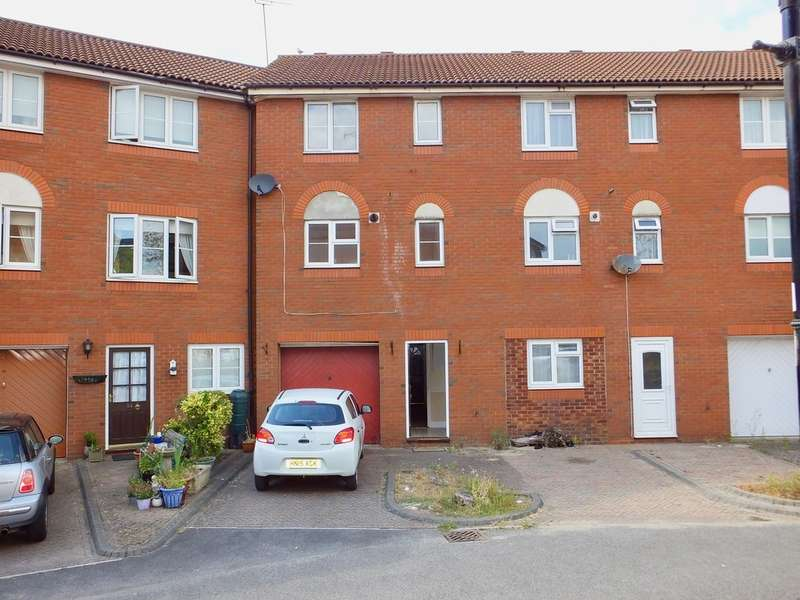 3 Bedrooms Terraced House for sale in Terminus Terrace , Southampton SO14